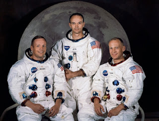 DECISIVELY Debunking Moon Landing Conspiracy Theories: In memory of Neil Armstrong