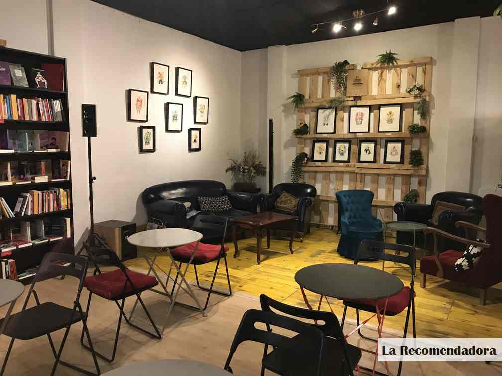 Librería-cafetería La Lumbre (Madrid)