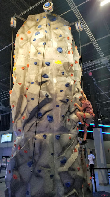 rock wall, allegiant nonstop