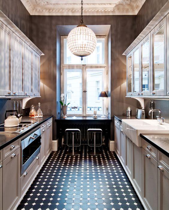 Black Kitchen Floors: Aesthetic Oiseau