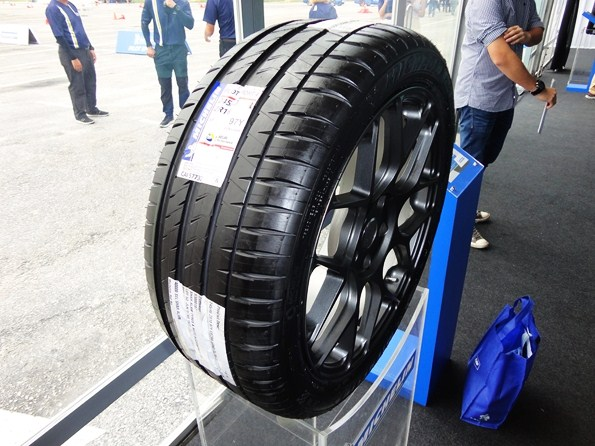motoring malaysia tyre launch test michelin pilot. Black Bedroom Furniture Sets. Home Design Ideas
