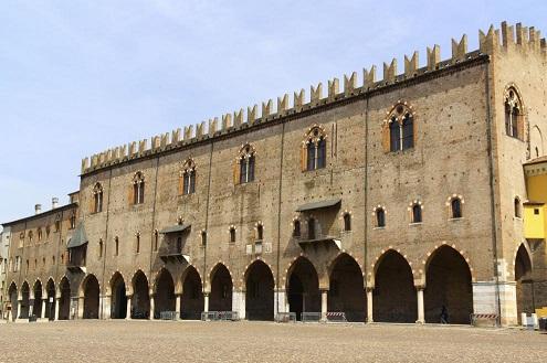 Mantua Ducale Sarayı