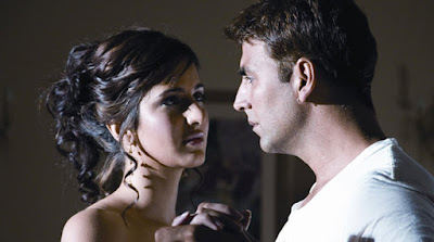 Namaste London Dialogues, Namaste London Romantic Dialogues, Akshay Kumar best dialogues from Namaste London