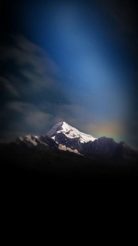 Ánh sáng trên đỉnh núi