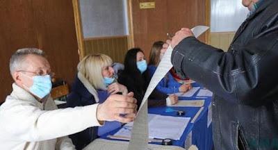 Влада має намір провести місцеві вибори, незалежно від епідситуації