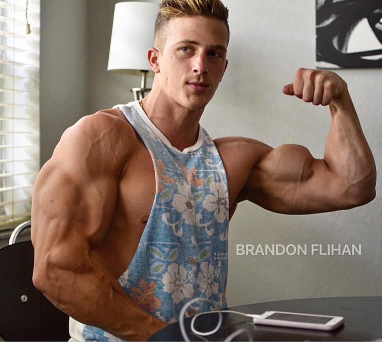 Chris Bortone ⋆ Nude Gay Porn Pics