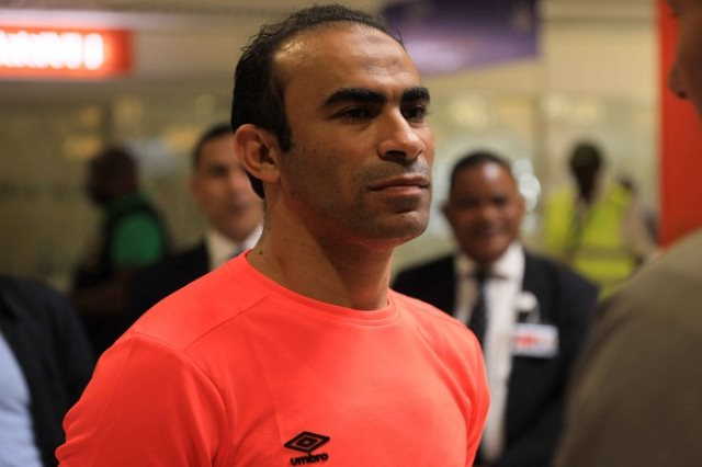 سيد عبد الحفيظ يهدد لاعبى الاهلى