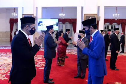 Presiden Jokowi Lantik 9 Anggota Kompolnas di Istana Negara