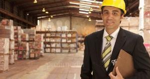 وظائف مدير مستودع بشركة الحرة جبل علي  راتب ل10000درهم.