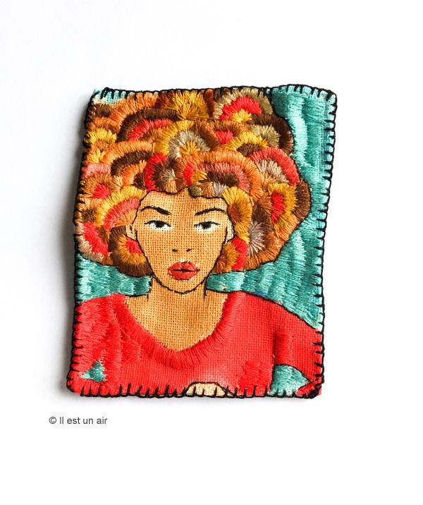 Broderie femme afro