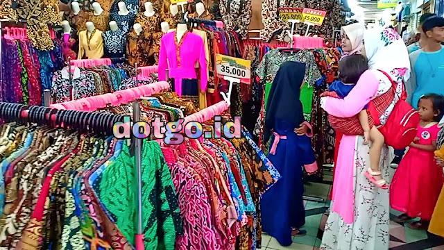Pusat Grosir Batik dan Pakaian Murah Berkualitas di Pasar baru Bandung jawa Barat