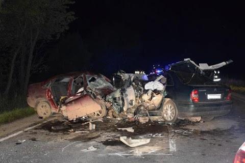Hatan meghaltak a Fegyverneknél történt balesetben a szoboszlói sofőr hibájából