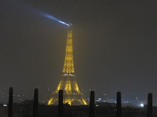 מגדל אייפל משער הניצחון