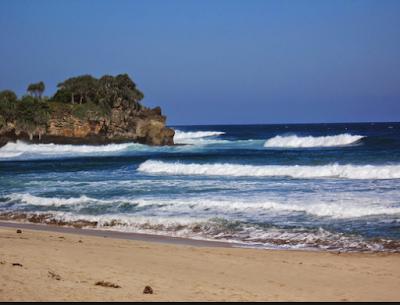 wisata pantai nganteb