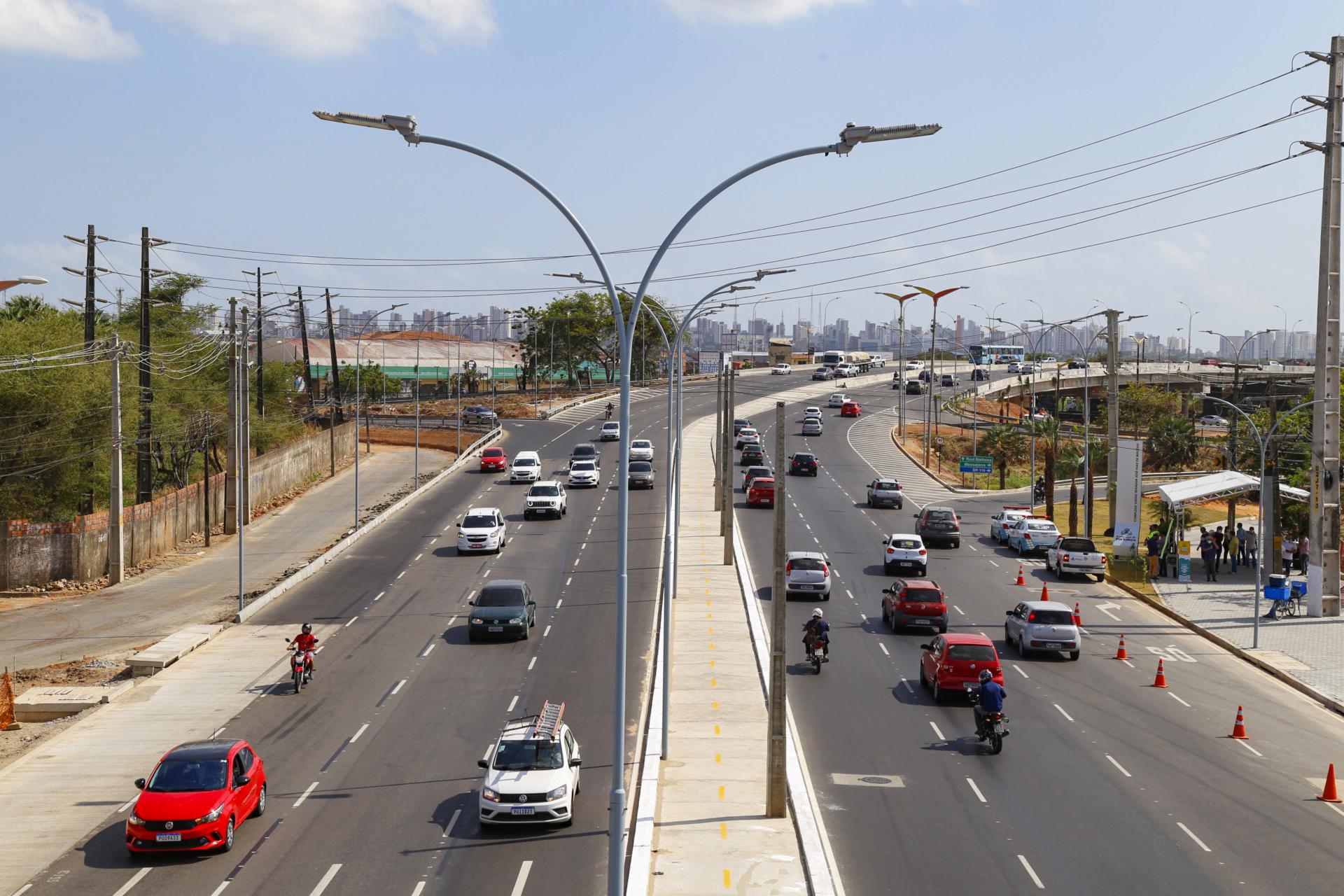 Novo viaduto vai desafogar trânsito e facilitar acesso de turistas à Rede Hoteleira em Fortaleza-Ce