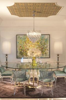 ديكورات غرفة سفرة مودرن مصممة من الزجاج