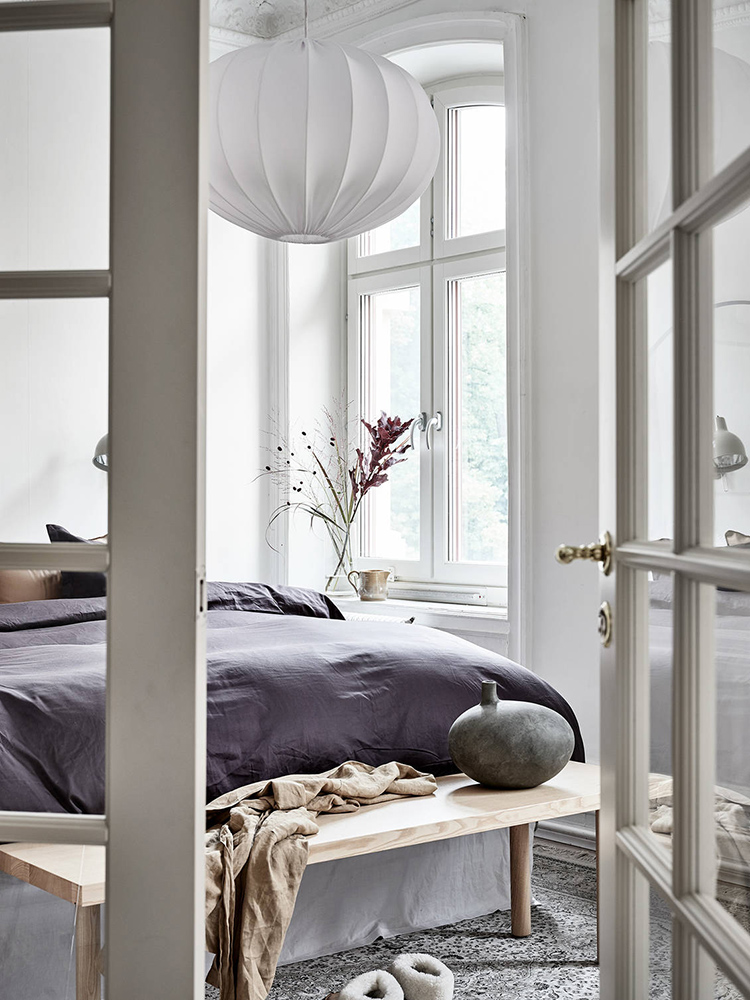 Cozy scandinavian bedroom via Stadshem