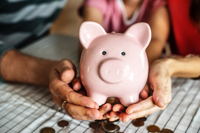 Tips Menabung Efektif Jangka Panjang Dengan Investasi Reksadana Saham Cokelat Gosong By Hilda Ikka