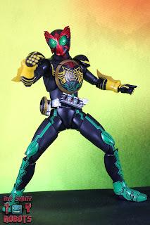 SH Figuarts Shinkocchou Seihou Kamen Rider OOO TaToBa Combo 02