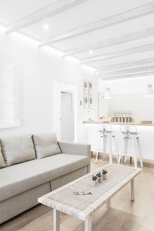 Un salón abierto y luminoso - Foto: Ale Favetto