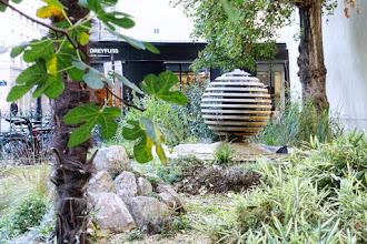 Paris : Fontaine-sculpture de la rue Jacob, une oeuvre de Guy Lartigue - VIème