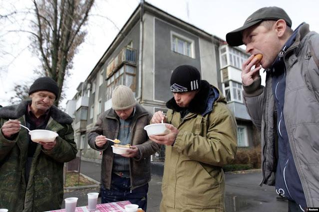 Число бедных россиян – сократилось ли оно на самом деле за время правления В. Путина