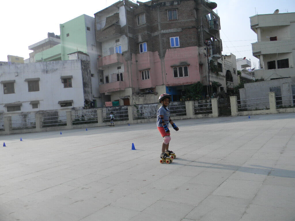 Roller shoes in hyderabad - Skating Classes At Hyderabad In Telangana Mid Top Skate Shoe