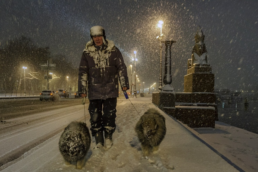 street photography by alexander petrosyan