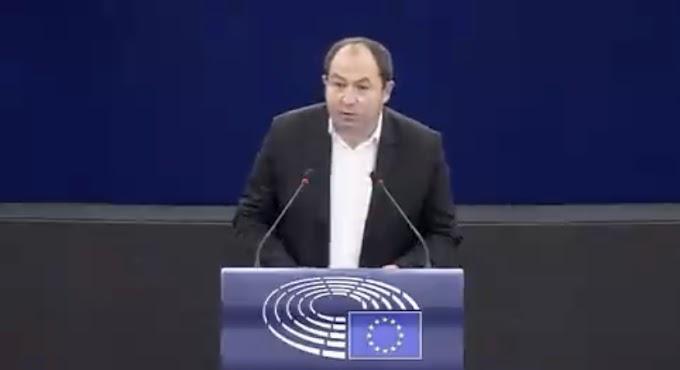 """برلماني أوروبي : """"على الإتحاد الأوروبي الإعتراف بالجمهورية الصحراوية لوضع حد لتهديدات وإبتزازات المغرب ضده"""""""