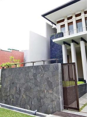 model pagar minimalis dengan batu alam terbaru