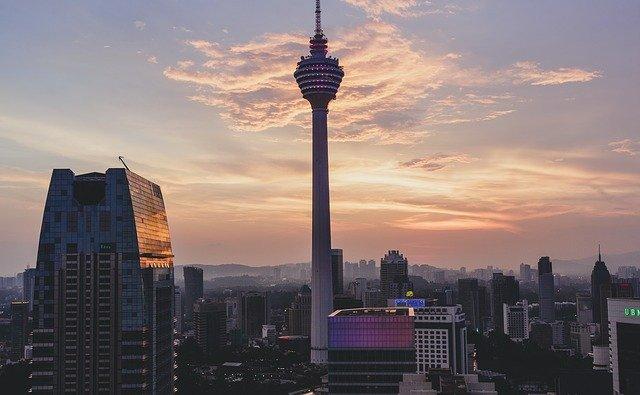 Kuala Lumpur Tower Rekomendasi Tempat Wisata di Kuala Lumpur Malaysia