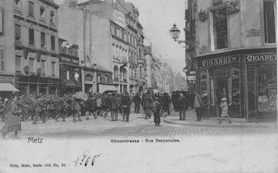 CPA rue Serpenoise Metz