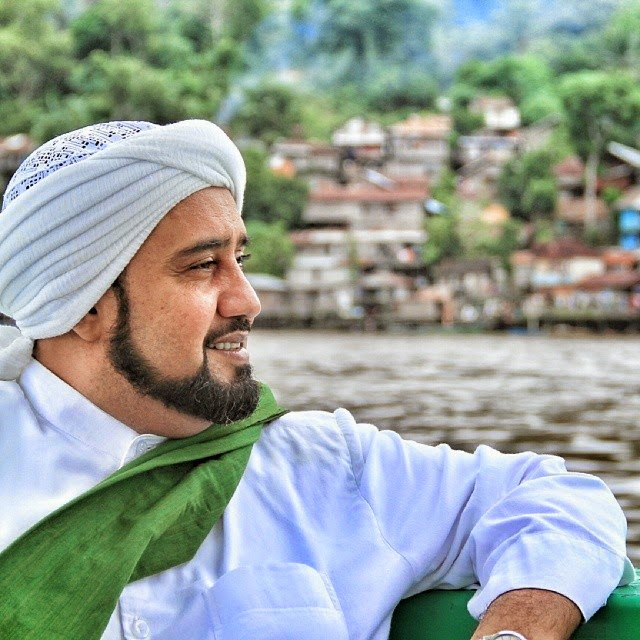 Dowloat Mp3 Meraih Bintang Versi Arab: Habib Syech Vol. 7