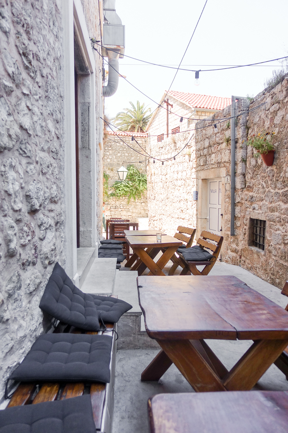 fig-cafe-hvar-review-where-to-eat-croatia-food-travel-guide-blogger