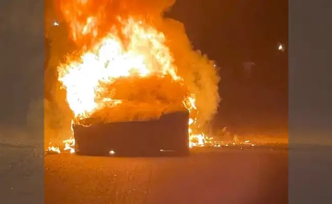 Tesla top-of-range car caught fire while owner was driving, lawyer says