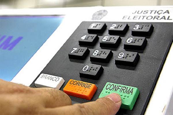 Urna - Ensine e aprenda matemática usando a temática das eleições 2014