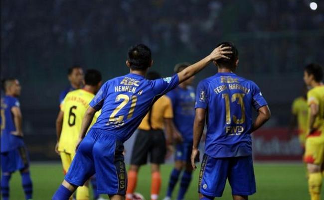 Persib Lagi Sulit, Tiga Pemainnya Malah Hengkang ke Klub Lain