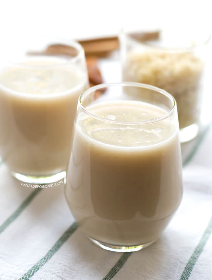 Quinoa milk. Quinoa milk is very easy to prepare at home, it is vibrant, it is healthy, and it is also gluten-free, so it is also suitable for coeliacs | danceofstoves.com #DanceofStoves #vegan #withoutgluten