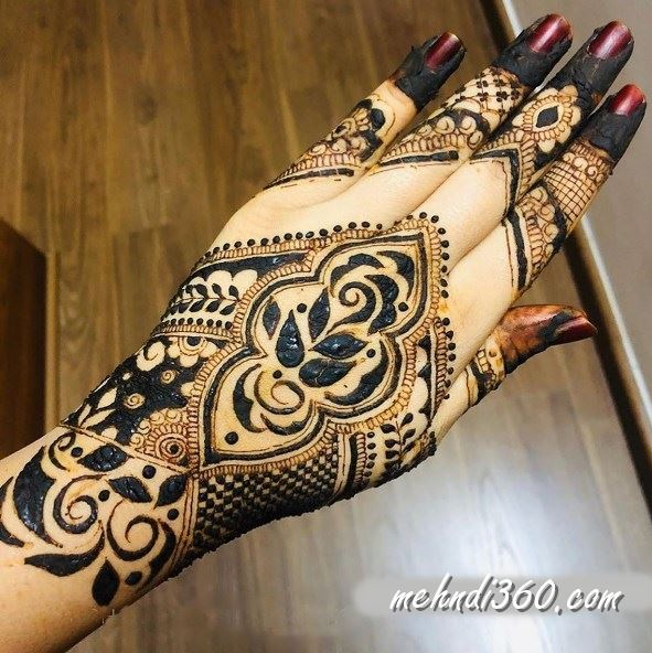 Love Special Mehndi Design Back Hand
