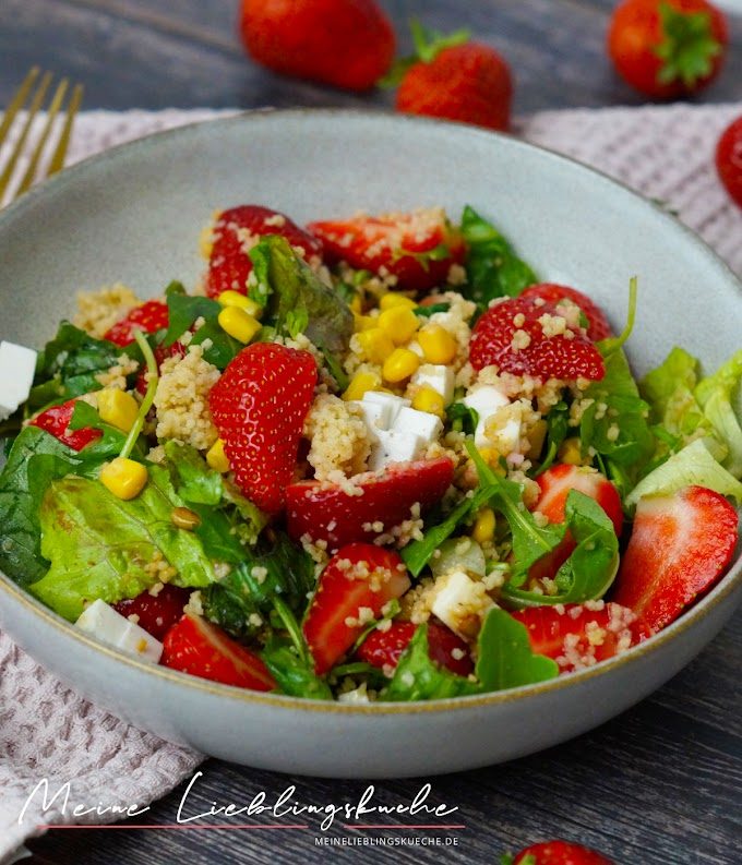 Couscous-Salat mir Erdbeeren und Feta