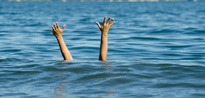 2 Teen Relatives drown at the Same time