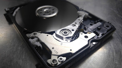 What is a Hard Disk and How Does It Work? - Complete Information 2020