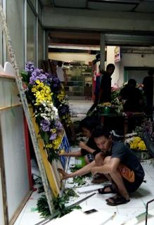 toko bunga lamongan bu tin