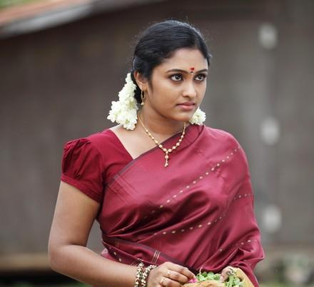 Serial Actress Sreeja Chandran in vijay tv serial ...