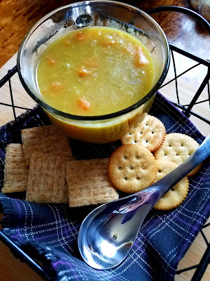"""Curried """"Peas and Carrots"""" Split Pea Soup, delicious with crackers!"""