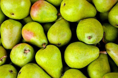 Whole pears, the kind you'll need if you want to go green.