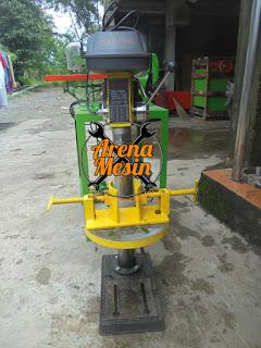 Mesin Pelubang Kancing Dan Plong Kancing Batok Tempurung Kelapa