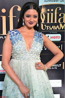 Vimala Raman in Spicy Deep Neck Sleeveless Dress at IIFA Utsavam Awards 2017  Day 2 at  16.JPG