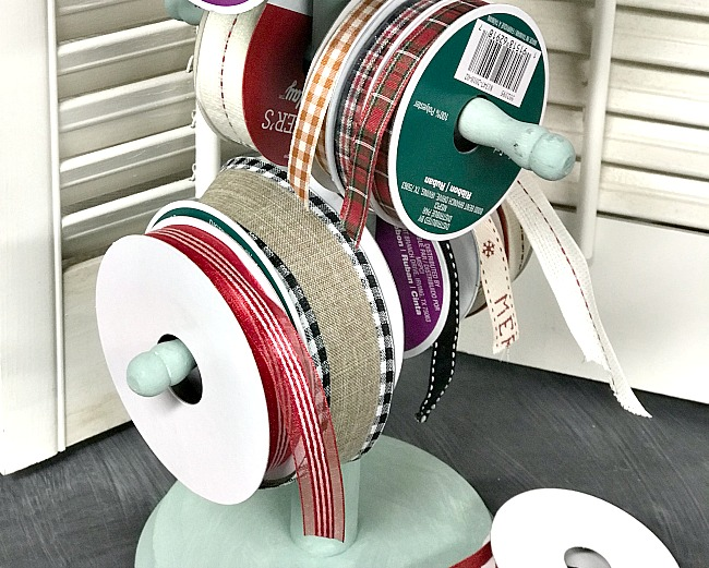 Repurposed Christmas Ribbon Organization. Homeroad.net