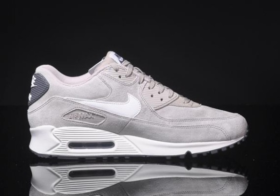 Nike Air Max 1 Essential Suede Pack   HAVEN